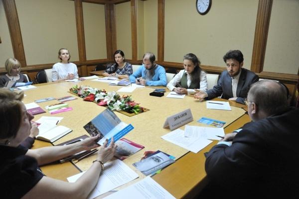 Мособлдума продолжает работу по реализации положений, принятых на конференции «Избери жизнь»