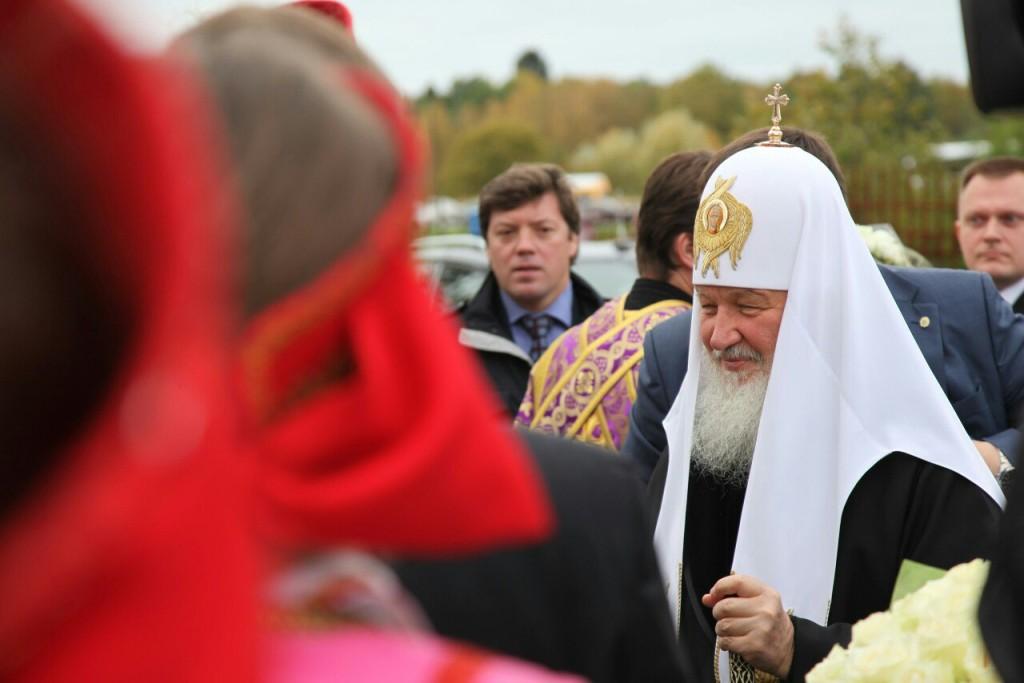 Святейший Патриарх Кирилл поставил подпись под Обращением граждан за запрет абортов