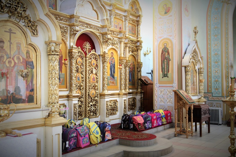 Помощь к школе детям в Дзержинске
