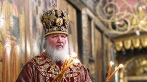 Патриарх призвал девушек выходить замуж, рожать детей и воцерковлять их