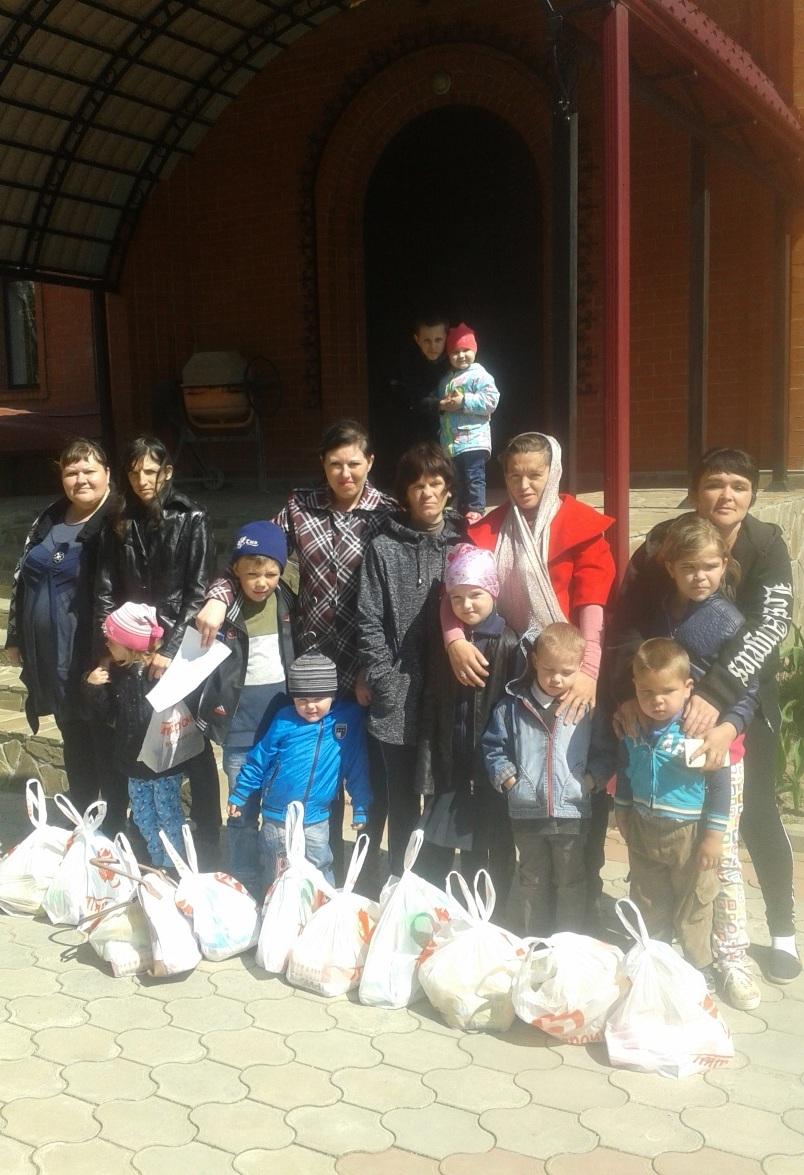 Акция программы «Спаси жизнь» «Пасха в каждый дом!» в станице Ладожская