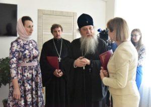 Епархия и минздрав Оренбургской области займутся профилактикой абортов в рамках подписанного соглашения о сотрудничестве