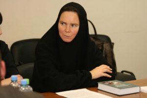 Руководитель правового управления Московской патриархии игумения Ксения (Чернега)