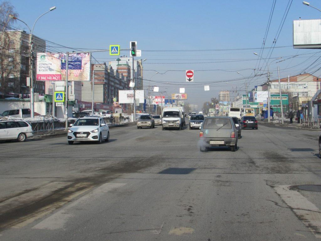 Ещё 8 баннеров на 6-ти метровых щитах появились на улицах города Новосибирска