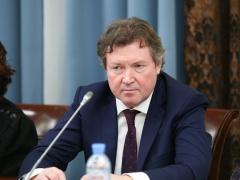 Сергей Рыбальченко предложил ввести гибкий отпуск по уходу за ребенком