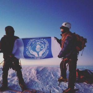Восхождение на Казбек. Высота — 10000 спасенных
